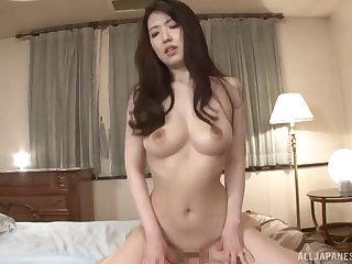 Japanese mature MILF Mochizuki Ruriko makes her husband cum everyday