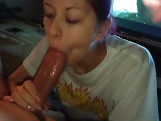 I love sucking my daddy's balls