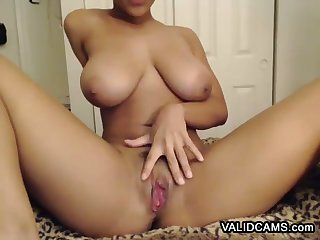 Prized Raven Pussy Showing Hooker