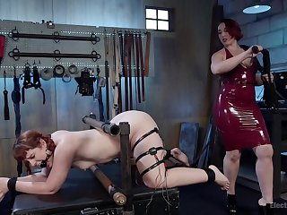 making love toys and long girl's fingers can please the sexual desires of Mistress Kara