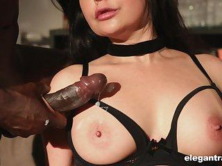 Gung-ho mature slut Mariska sprayed with cum in an interracial gangbang