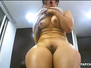 Gorgeous Mature Enjoys Vagina Rubbing High-Definition - amateurs