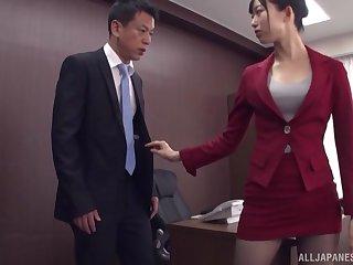 Kurokawa Sumire gets will not hear of pussy fucked and fingered in the stranger's room