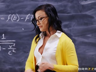 Amazing and horny Jennifer White enjoys sex on the classroom table