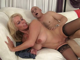 Mature sucks the life out of the unearth to the fore getting laid