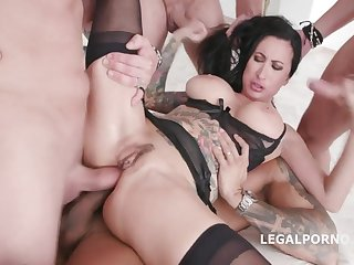 Gorgeous Tattoo Mommy Wants A Gangbang D - lily impetus