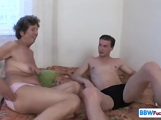 Old Chubby Granny Screaming outsider Assfuck - anal back GILF