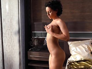 Wonderful together with nicely throng with housewife Stacy Bloo loves fingering daily