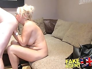 Chunky cupcakes cougar in glasses doggyfucked elbow the brush first-ever pornography casting casting freeporn