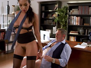 Spicy hot enchase Vicki Chase fucks her boss and that babe is so hot