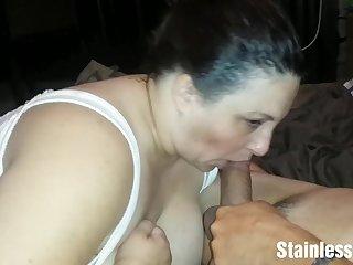 Housewife blows my sagging wiener