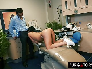 Smoking hot murky almost big titties is having hardcore sex almost her handsome dentist, nigh his office