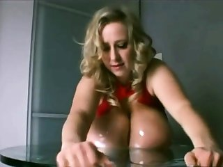 Nelli Roono - Big Titties Squished (Mommy Got Boobs)